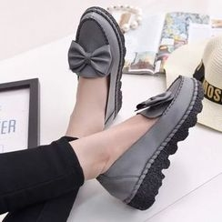 Sleeko - Bow-Accent Loafers