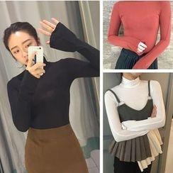 EEKO - Long Sleeve Turtleneck T-Shirt