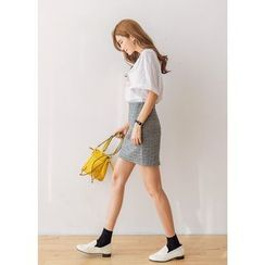 J-ANN - Band-Waist Embossed Pattern Mini Skirt