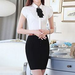 Caroe - Set: Short-Sleeve Tie Neck Shirt + Skirt