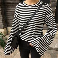 Dute - Stripe Drop-shoulder Bell-Sleeve T-shirt