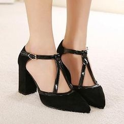 Mancienne - Pointy-Toe Buckled Chunky Heels