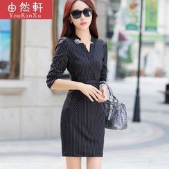Billow Sky - Long-Sleeve V-Neck Sheath Dress
