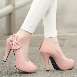 Shoes Galore - Bow-Accent Heel Pumps