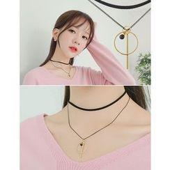 soo n soo - Choker Layered Shape Pendant Necklace