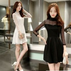 Zella - Lace Trim 3/4 Sleeve Mini Dress