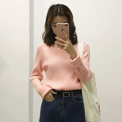 Porta - Mock Neck Sweater