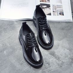 VIAN - Lace-Up Round Toe Patent Oxford Shoes