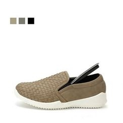 MODELSIS - Faux-Leather Woven Slip-Ons