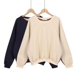 Momewear - Long-Sleeve Raglan Top