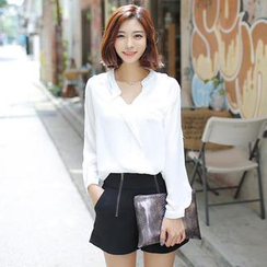 Envy Look - Pocket-Accent Chiffon Blouse