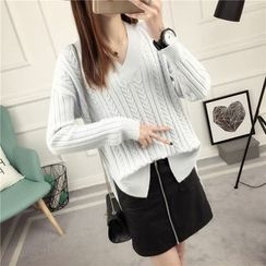 Loytio - V-Neck Cable-Knit Sweater