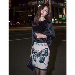GUMZZI - Set: Ruffle-Cuff Velvet Top + Embroidered Mini Skirt