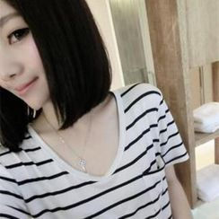DreamyShow - Short-Sleeve Striped T-Shirt