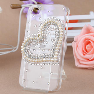 Fit-to-Kill - Heart shaped Pearl iPhone 4/4S Case