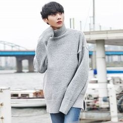 TOMONARI - Turtle-Neck Wool Blend Knit Top