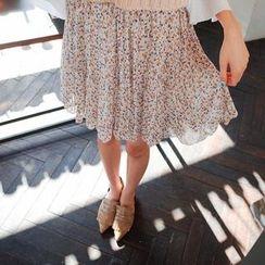 Cherryville - Floral Pattern Mini Pleated Skirt