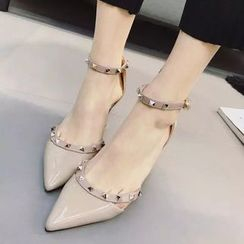 QQ Trend - Studded Pointy Pumps