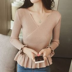 Ashlee - V-Neck Peplum Sweater