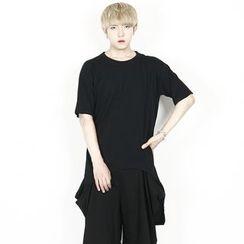 Rememberclick - Short-Sleeve Long Slit-Side T-Shirt