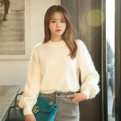 DABAGIRL - Puff-Sleeve Furry-Knit Top