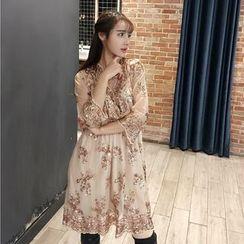 Jolly Club - 3/4-Sleeve Sequined Dress