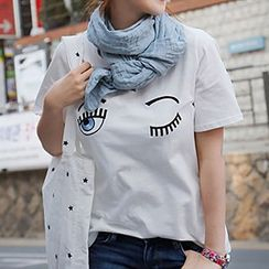 Ranee - Short-SleeveEmbroidered-Eye T-Shirt
