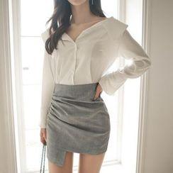 Aurora - Set: Long-Sleeve Shirt + Miniskirt