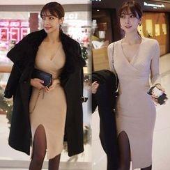 Seoul Fashion - Long-Sleeve Knit Bodycon Dress