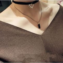 KINNO - Triangle Pendant Tassel Layered Necklace