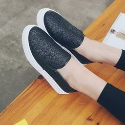 Wello - Platform Glittered Slip-Ons