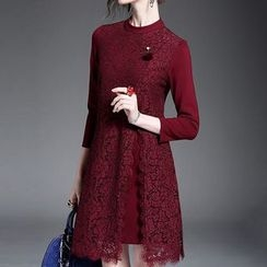 Alaroo - Lace Panel 3/4-Sleeve Dress