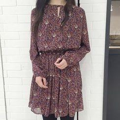 QZ Lady - Long-Sleeve Floral Chiffon Dress