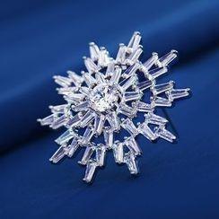 STYLEJING - Crystal Snowflake Brooch