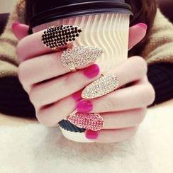 Avery - Rhinestone Nail Ring