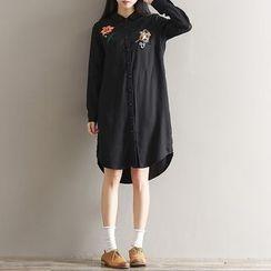 Clover Dream - Long-Sleeve Embroidered Shirt Dress