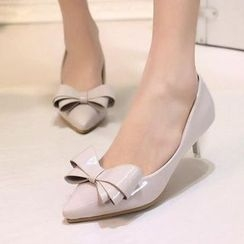IYATO - Pointy-Toe Bow-Accent Kitten-Heel Pumps