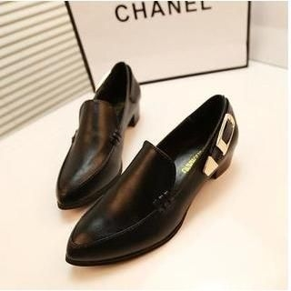 QQ Trend - Belted Pointy Heel Loafers