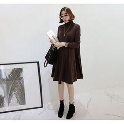 Miamasvin - Turtle-Neck A-Line Dress