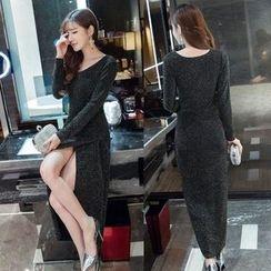 KAKAGA - Slit Maxi Dress