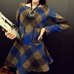 Jolly Club - Long-Sleeve Wool Blend Check Tunic