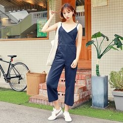 HOTPING - Spaghetti-Strap Cropped Jumpsuit