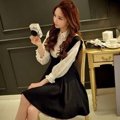 粉红大布娃娃 - 套装: 蕾丝衬衫 + 背带裙