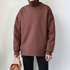 MPstudios - Long-Sleeve Mock-Turtleneck Top