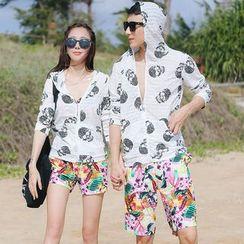 Beach Date - Skull Print Couple Hoodie