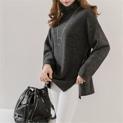 PIPPIN - Turtle-Neck Zip-Side Knit Top