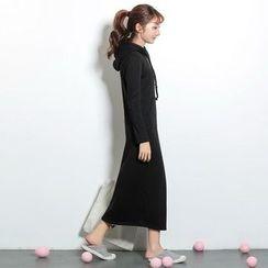 Maymaylu Dreams - 长裙。加绒连帽长版连身裙洋装