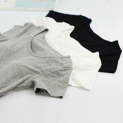 MITU - Inset Bra Cap Short-Sleeve T-Shirt