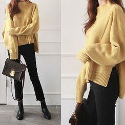 NIPONJJUYA - Mock-Neck Dip-Back Wool Blend Sweater