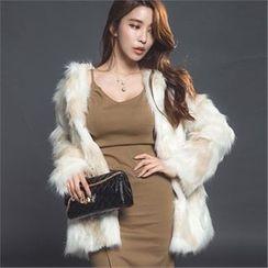ERANZI - Hidden Hook Faux-Fur Jacket